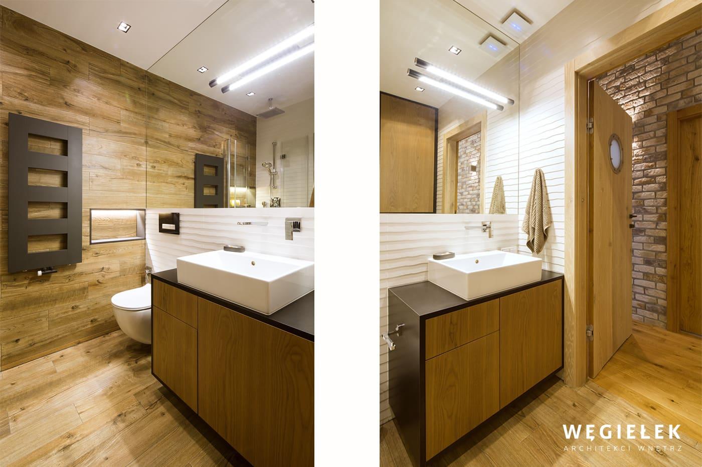 Projekt łazienki stworzony przez architektów wnętrz nadaje morski klimat mieszkaniu. Dominuje w niej drewno, czujemy się jak na statku i ten bulaj w drzwiach.