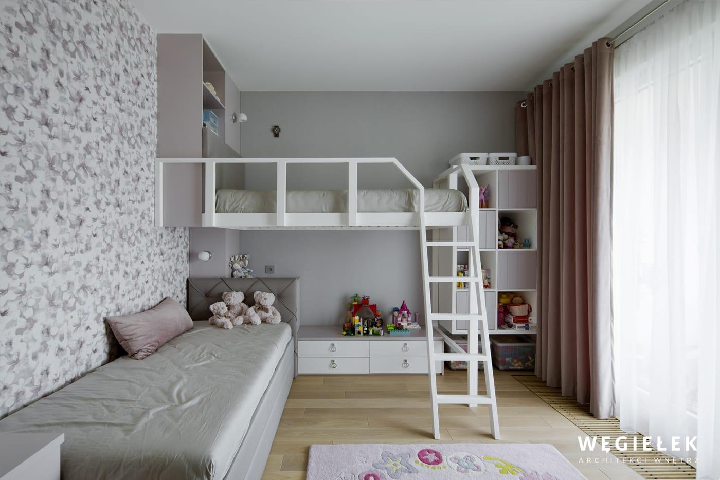 13 saska pokój dziewczynek