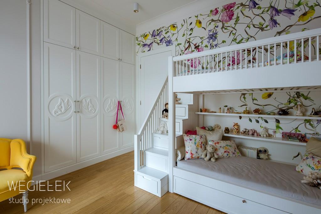 12 teenage room butterfly